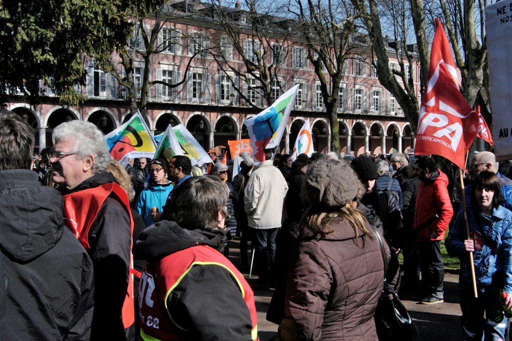 manif. mulhouse 9 mars 2016 contre la loi el khomry (11)
