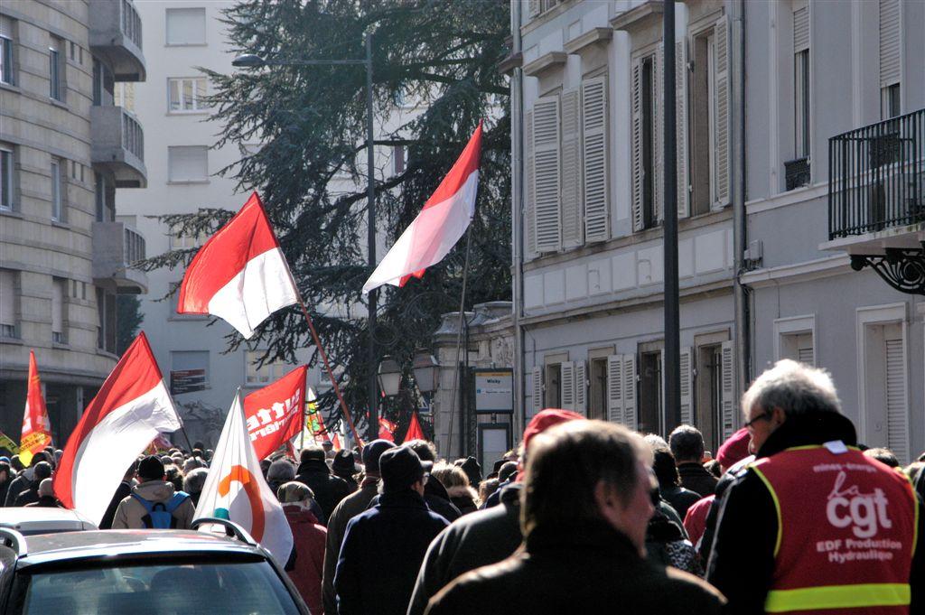 manif. mulhouse 9 mars 2016 contre la loi el khomry (50)