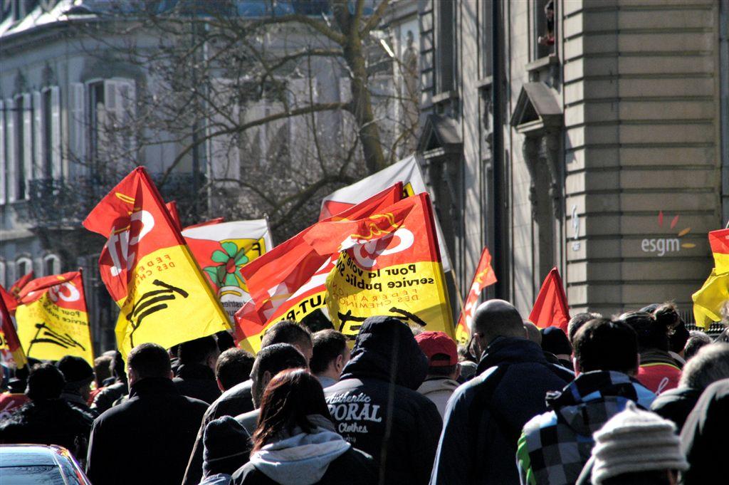 manif. mulhouse 9 mars 2016 contre la loi el khomry (51)