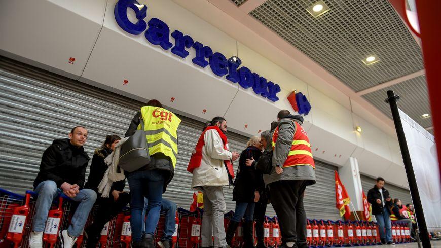 300 magasins Carrefour en grève !