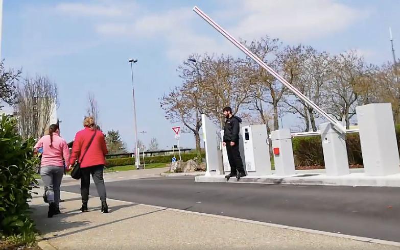 Des barrières à l'hôpital Emile Muller de Mulhouse : « c'est pas comme si on allait à l'hôtel » !