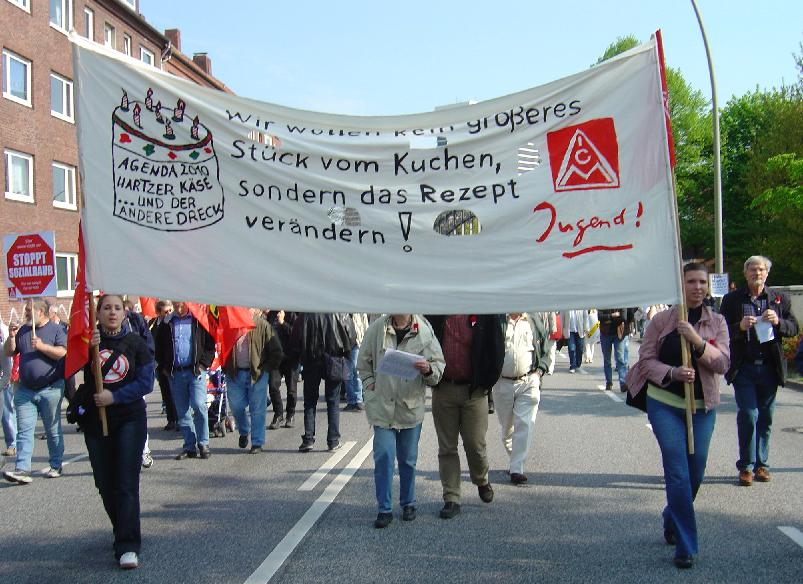 la Confédération allemande des syndicats (DGB) dénonce les conditions de chômage partiel, les restrictions budgétaires et les privatisations du système desanté