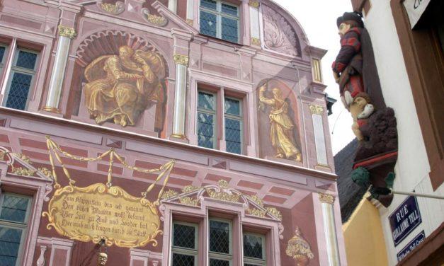 A Mulhouse, un conseil municipal qui sème la câlinothérapie, et récolte la colère
