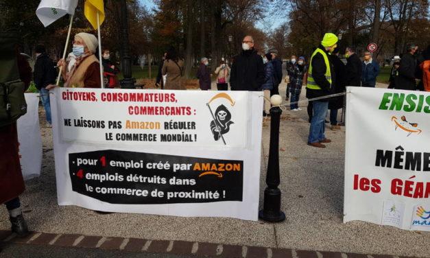 [Vidéos] Manifestation devant la préfecture du Haut-Rhin à Colmar contre l'implantation d'Amazon