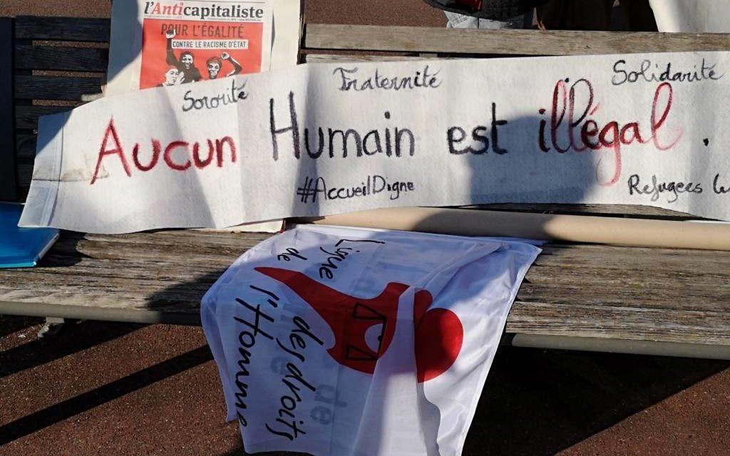 Journée internationale des migrants : une manifestation devant la sous-préfecture de Mulhouse