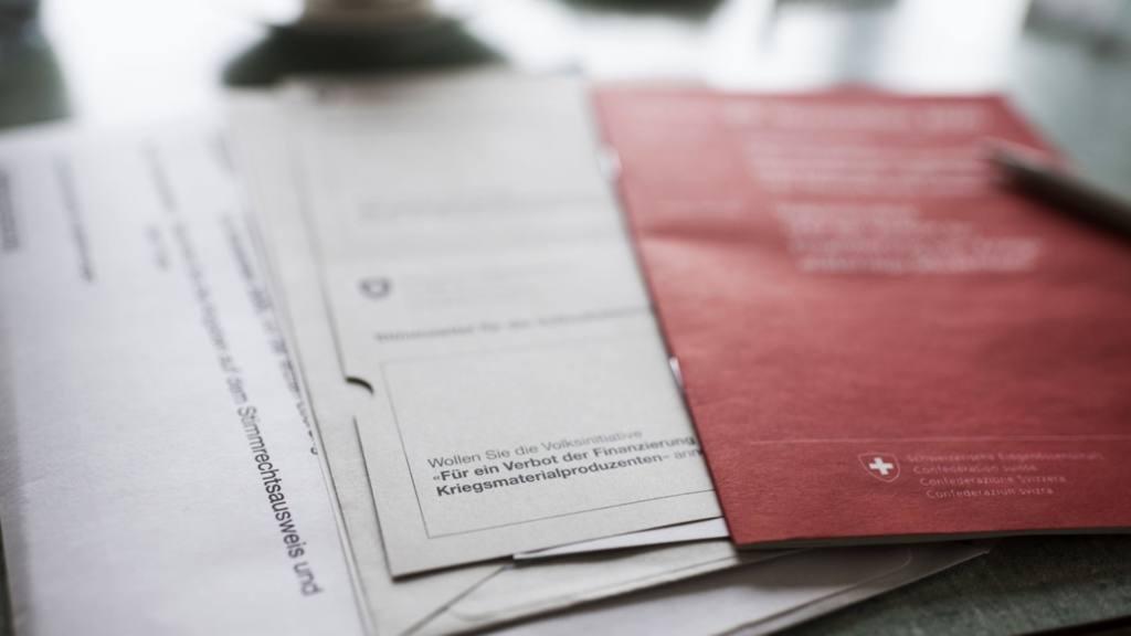 Principes de la démocratie directe en Suisse au regard des deux dernières votations