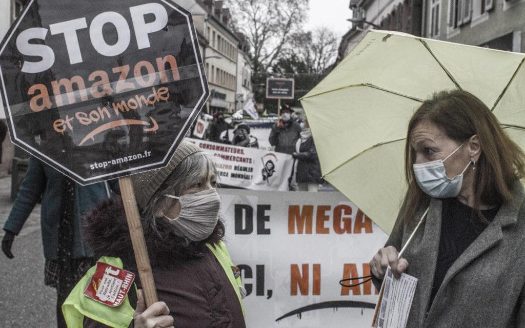 A Ensisheim, entre Colmar et Mulhouse, nouvelle manifestation contre Amazon (et son monde)