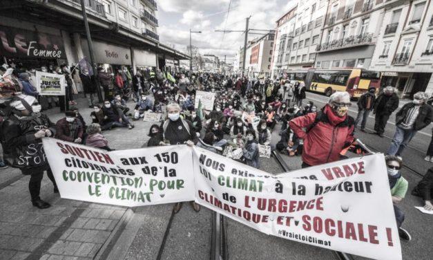 Manifestations et bal (non) masqué à Mulhouse, contre le mal logement, pour une vraie loi climat… et la liberté !