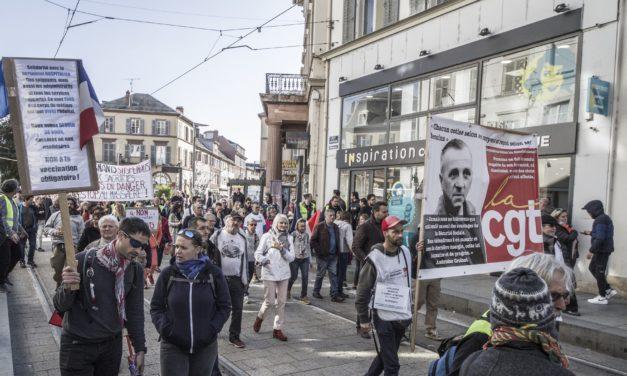 Quinzième journée de mobilisation des anti-passe sanitaire dans les rues de Mulhouse